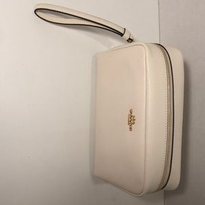 Brand New Coach hand purse